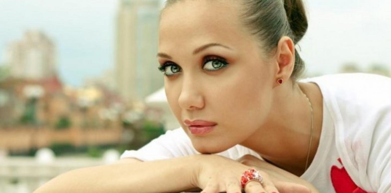 Евгения Власова опубликовала новые фото после болезни