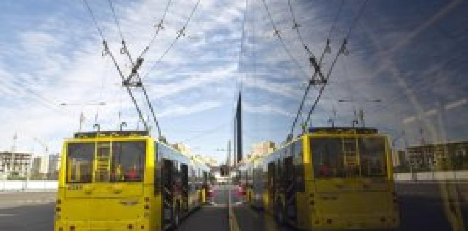 КГГА просит МВД проверить предприятия, которые заказывают спецпропуска для передвижения общественным транспортом