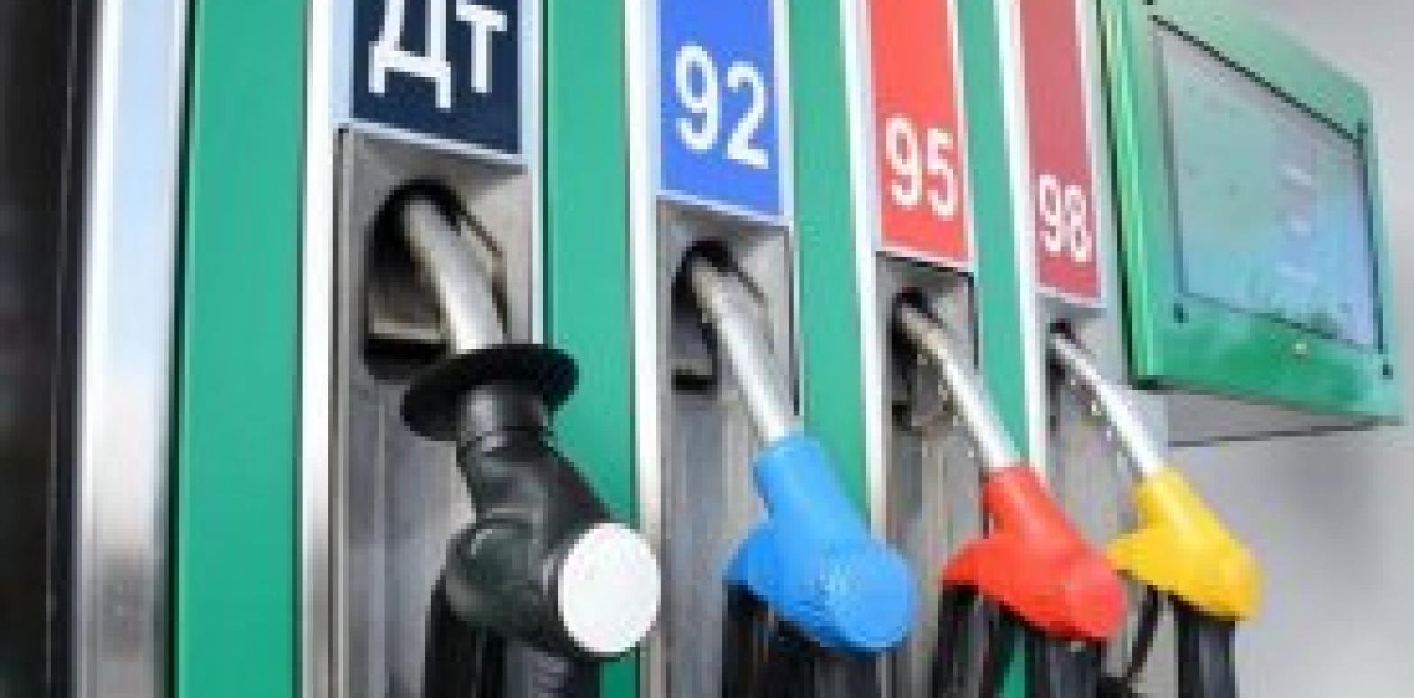 В Украине продолжают дешеветь бензин и дизтопливо